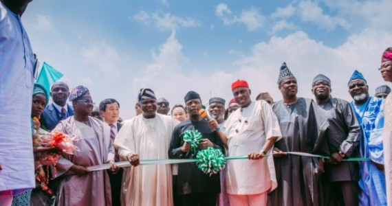 Yemi Osinbajo Flags Off Lagos-Ibadan Railway Line Construction