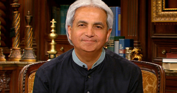 Did Benny Hinn Faint After A Nigerian Donated $1Million? Watch Video